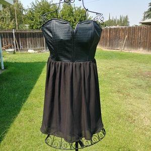 Forever 21 strapless black dress